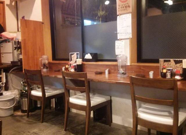 OGIKAWA山木戸店のカウンター席