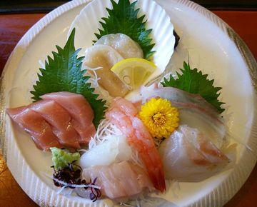 魚菜家の刺身の小さい画像