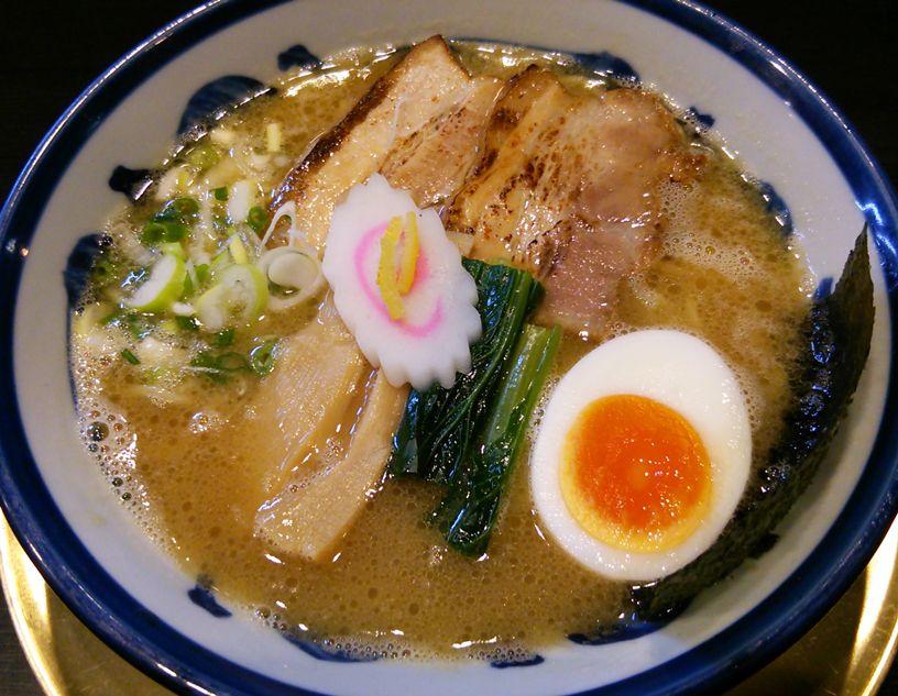 麺屋勝のラーメン