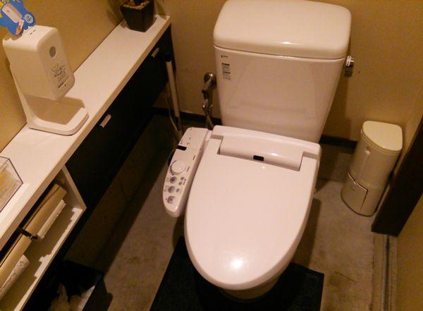 中村屋のトイレ