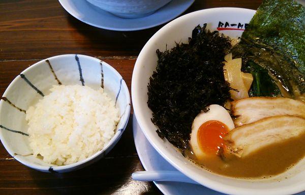 OGIKAWA亀田店の魚豚Wスープに半ライスを添えて