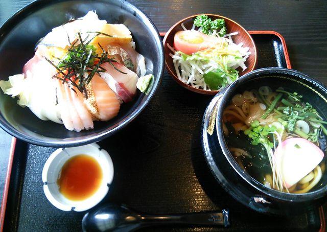 ほうせい丸の海鮮丼セット
