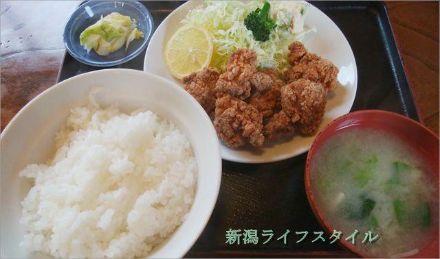 太和良食堂の鶏の唐揚げ定食