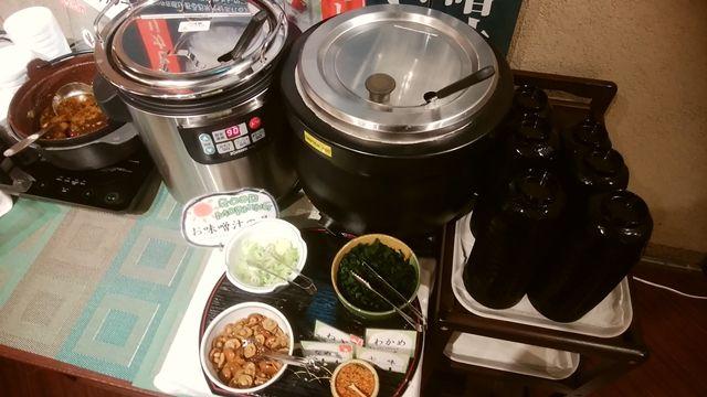 じゅらくステイ新潟の味噌汁コーナー