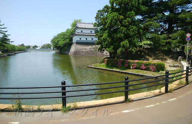 新発田城の本丸へ向かう道。まもなく本丸正門