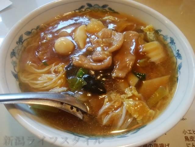 東華楼の広東麺