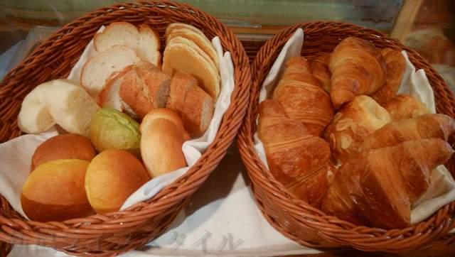 つばきのバイキングのパン
