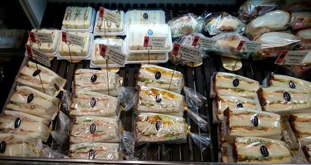 エディアールに陳列されたパンその16