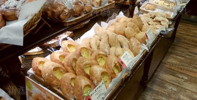 エディアールに陳列されたパンその2
