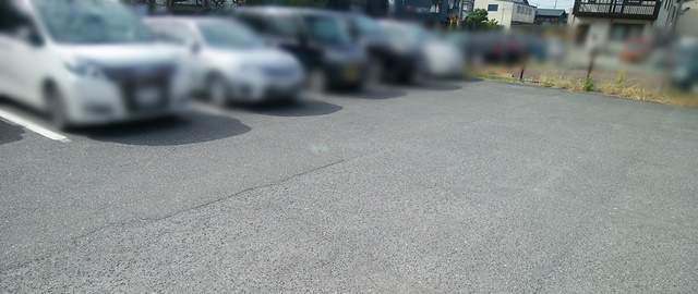 フタツメの裏の駐車場