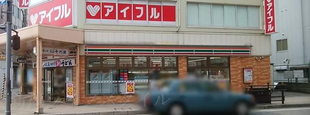 セブンイレブン新潟駅前店の外観