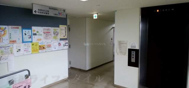 新潟市南地区センターの2Fのトイレへ向かう通路