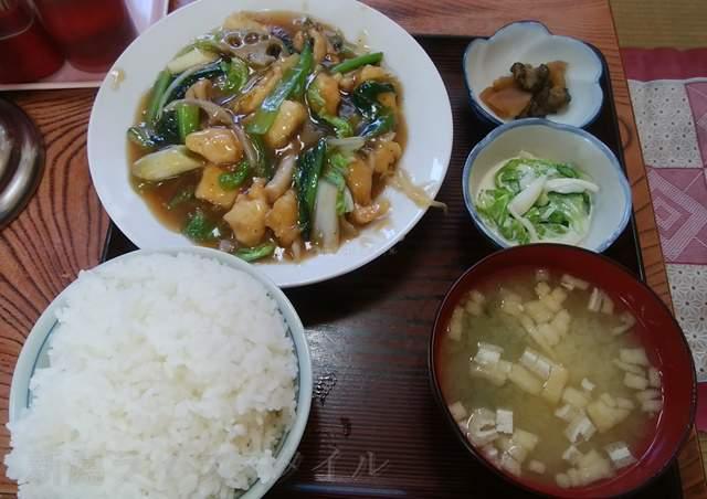柿屋の鶏野菜炒め定食