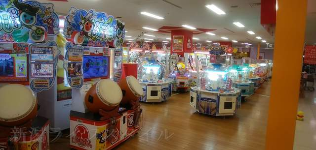 タイトーFステーション新潟西店の中の様子