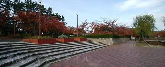 西大畑公園の中央広場から右側高台