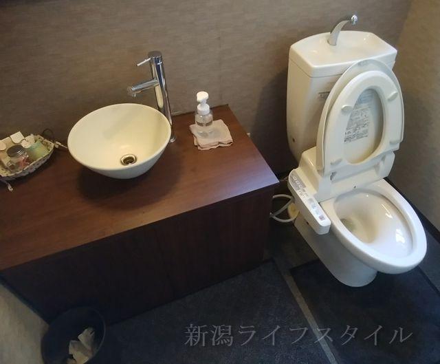 背脂三銃士のトイレ全体図