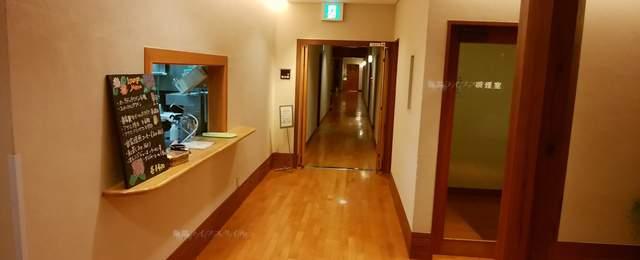 ヴィネスパの宿泊エリアに続く廊下