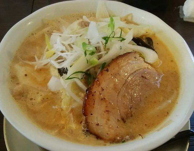 中華そばふじの新津店の味噌ラーメン白
