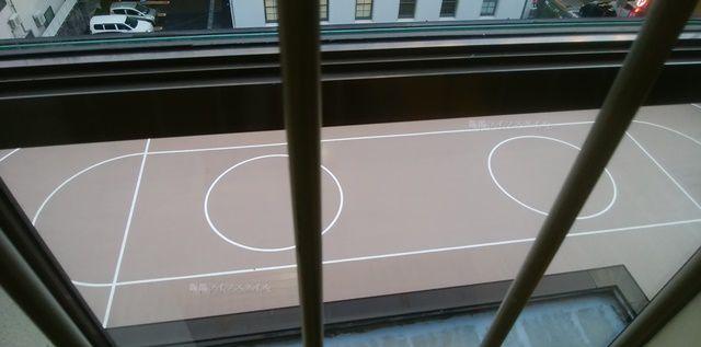 万代市民会館のローラースケート場