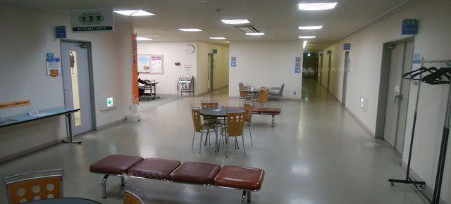 万代市民会館の学習室