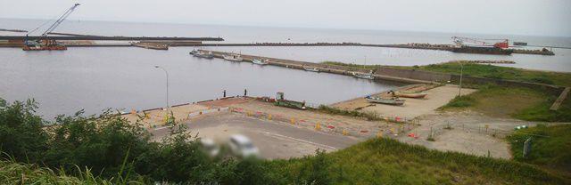 新川漁港の眺めその2