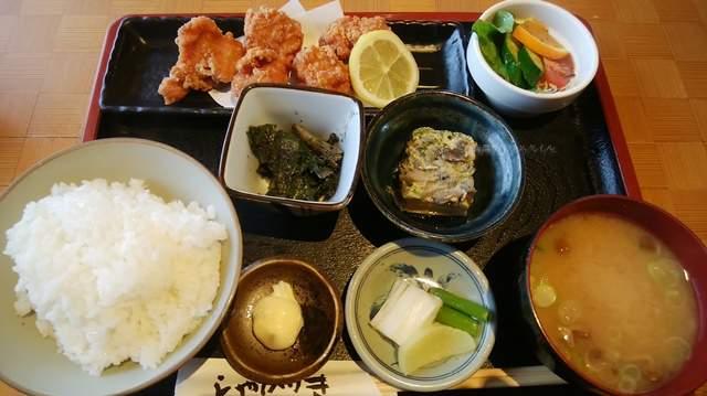 しゃかりきのランチの鳥の竜田揚定食1000円