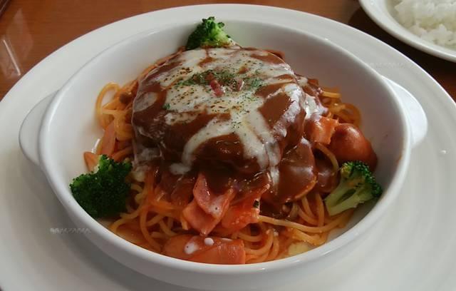 かりん亭のハンバーグスパゲティのアップ