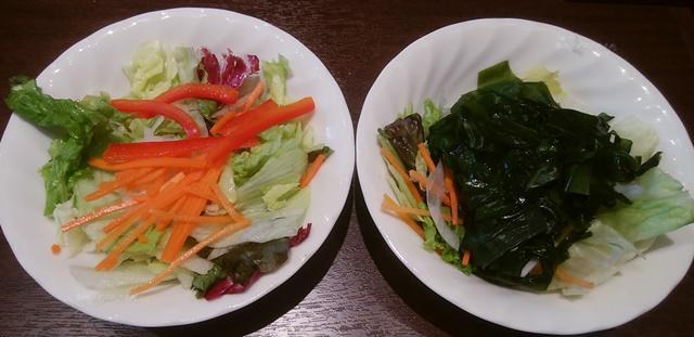 いきなりステーキ青山店のセットのサラダ