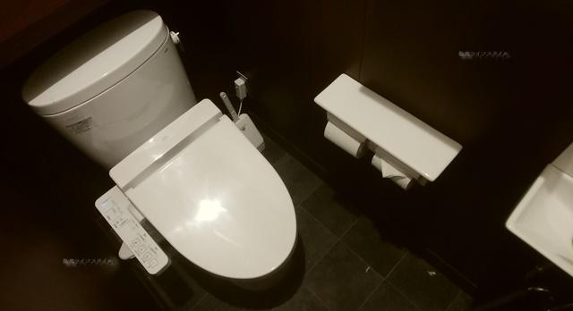いきなりステーキ青山店のトイレ
