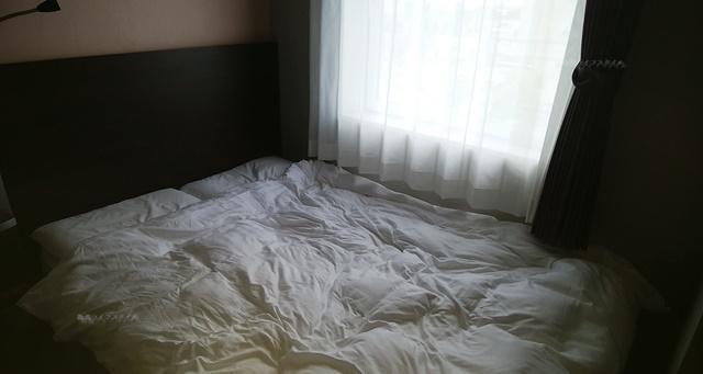 コンフォートホテル燕三条のベッド