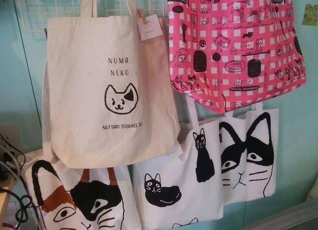 ひとつぼし雑貨店にあるネコのトートバッグ