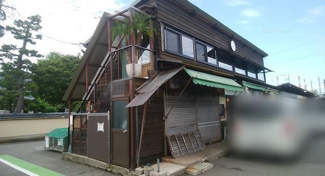 沼垂テラス商店街のコワーキングスペース灯台Toudaiの外観