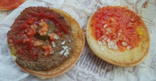 マクドナルドで何も増量してないノーマル注文のハンバーガー