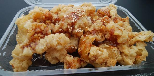 ラ・ムー燕吉田店の鶏皮の甘辛揚げ