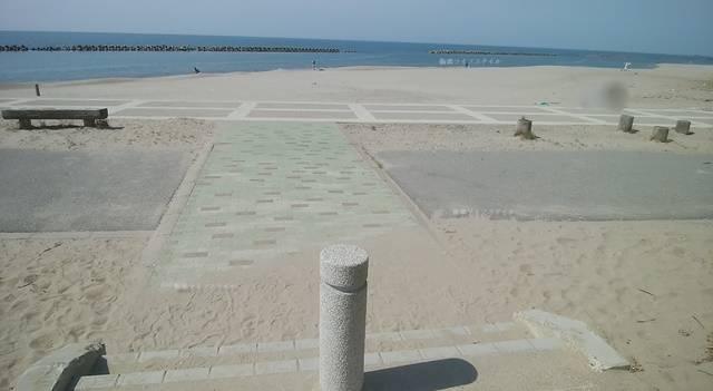 小針浜の整備された海岸その1