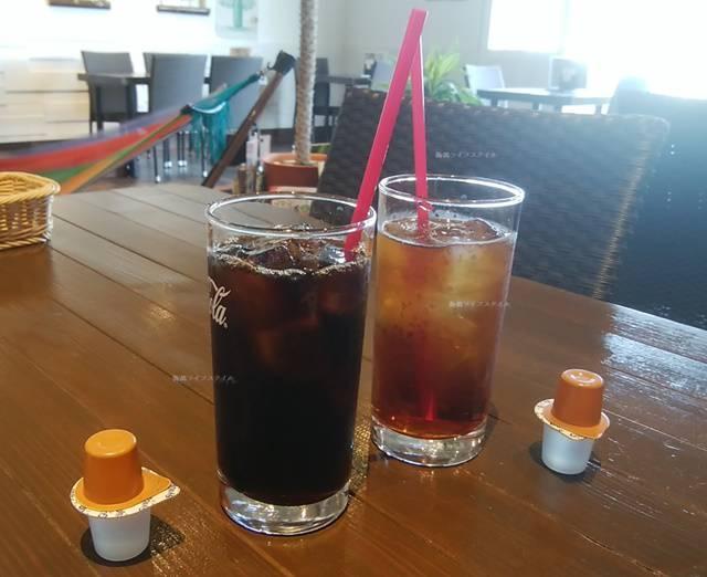 DIOのランチのセットドリンク、アイスティーとアイスコーヒー