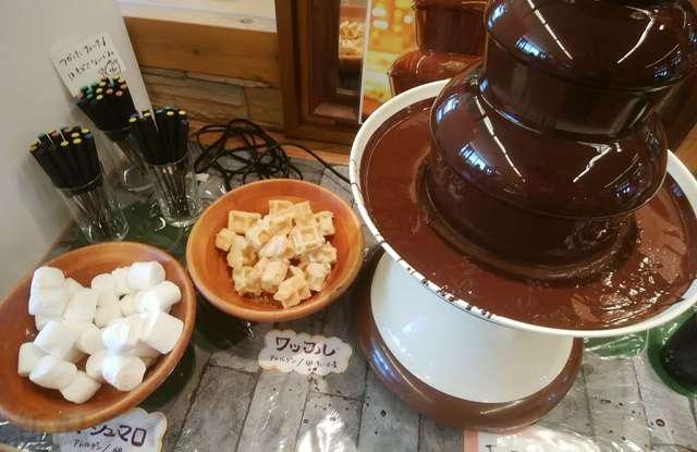 キラキラレストランのチョコレートファウンテン