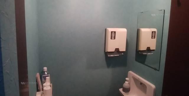 麺者風店小針店のトイレの外にある手洗い場