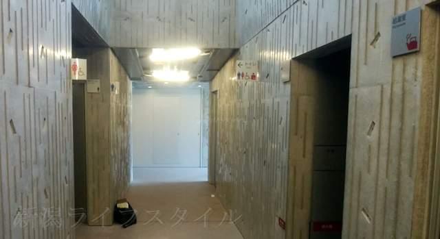 亀田図書館のトイレの入口