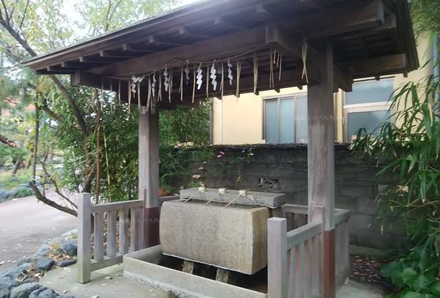 新潟大神宮の手水舎