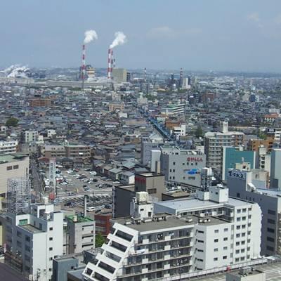 新潟市の街並みを高いところから