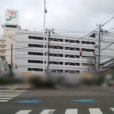 イトーヨーカドー丸大新潟店の駐車場の外観の遠景